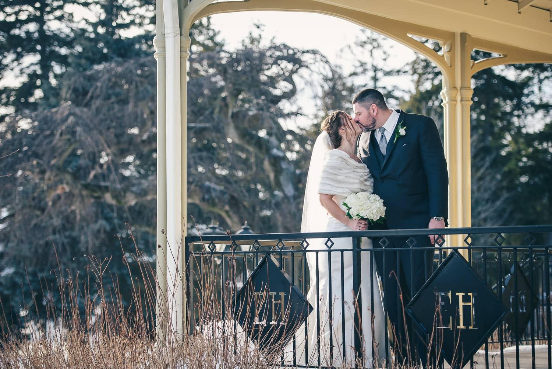 ElmHurst Inn Winter Wedding 11